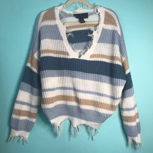 Polly & Esther frayed sweater